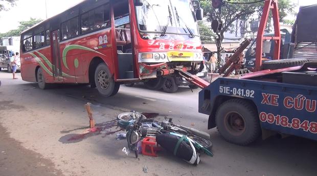 TP. HCM: Va chạm với xe khách, chồng bị thương, vợ tử vong tại chỗ - Ảnh 3.