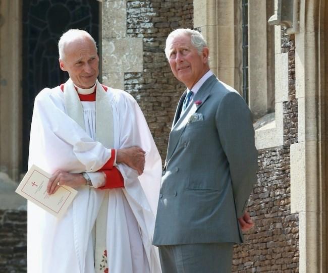 Chín quy tắc bất thành văn mà gia đình Hoàng gia Anh phải tuân thủ - ảnh 7