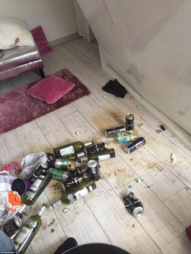 Cho thuê căn hộ rộng đẹp, cô gái trẻ ngậm ngùi dọn giường bẩn như toilet, nước tiểu vương khắp nhà khi khách bỏ đi - Ảnh 8.