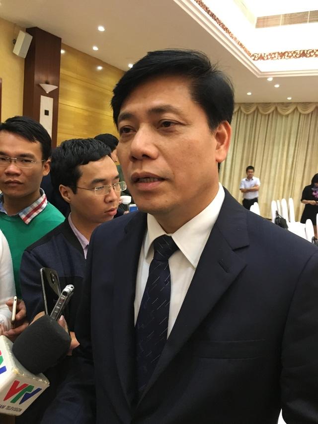 Thứ trưởng Bộ GTVT Nguyễn Ngọc Đông: Người dân có quyền trả tiền lẻ, quốc lộ 5 thu phí đúng quy định
