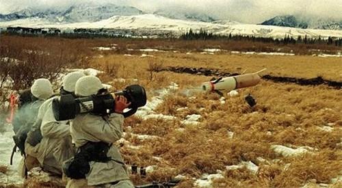 Top 5 dòng súng chống tăng vác vai hàng đầu thế giới - Ảnh 2.