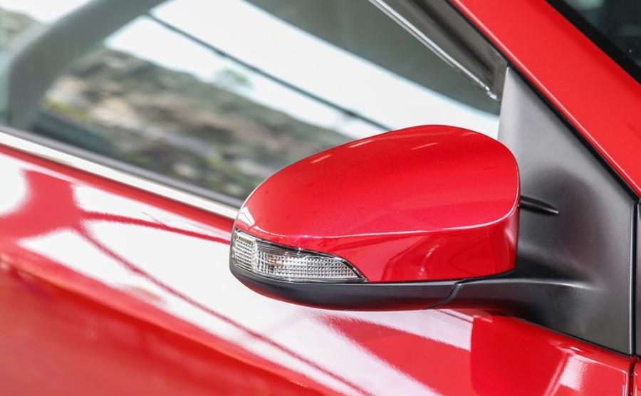 Toyota Corolla Altis 2017 co gia hon 28.000 USD o Malaysia hinh anh 7