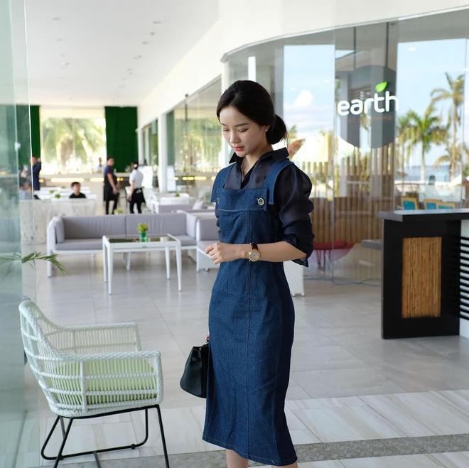 Trời vào thu, phái đẹp châu Á đều rủ nhau ăn mặc kín hơn hẳn! - Ảnh 13.