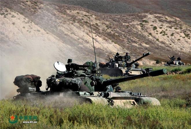Trung Quốc khoe gói nâng cấp quá đơn giản dành cho xe tăng chiến đấu chủ lực Type 59 - Ảnh 3.