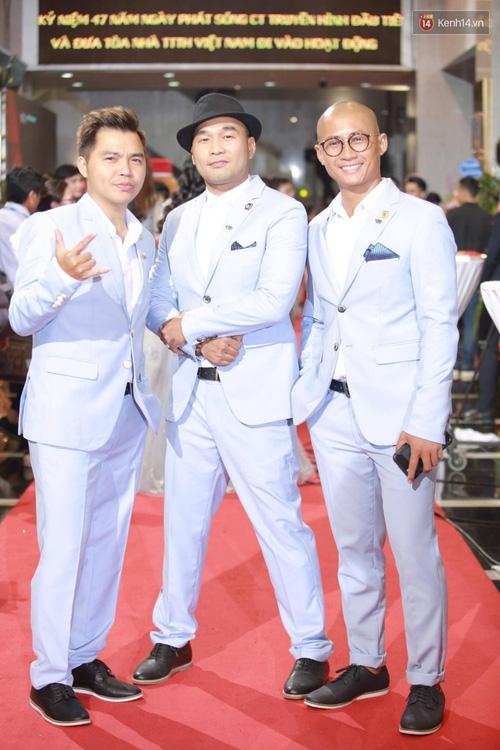 Dàn sao Việt lộng lẫy hội ngộ trên thảm đỏ VTV Awards 2017 - Ảnh 13.