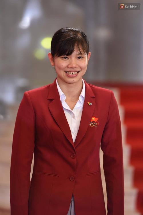 Dàn sao Việt lộng lẫy hội ngộ trên thảm đỏ VTV Awards 2017 - Ảnh 18.