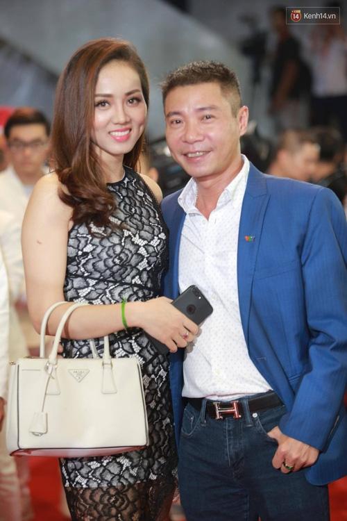 Dàn sao Việt lộng lẫy hội ngộ trên thảm đỏ VTV Awards 2017 - Ảnh 21.