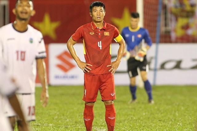 Bùi Tiến Dũng chia sẻ sự thất vọng sau khi U22 Việt Nam chia tay SEA Games 29