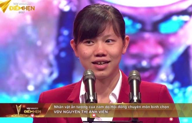 Anh Vien nhan giai Nhan vat an tuong cua nam tai VTV Awards hinh anh 1