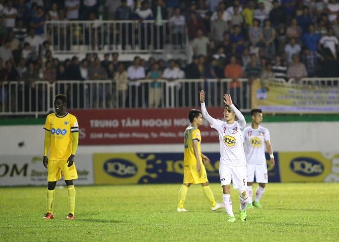 Văn Toàn đã kêu gọi đồng đội không tẩy chay và quay lại sân thi đấu /// Minh Trần