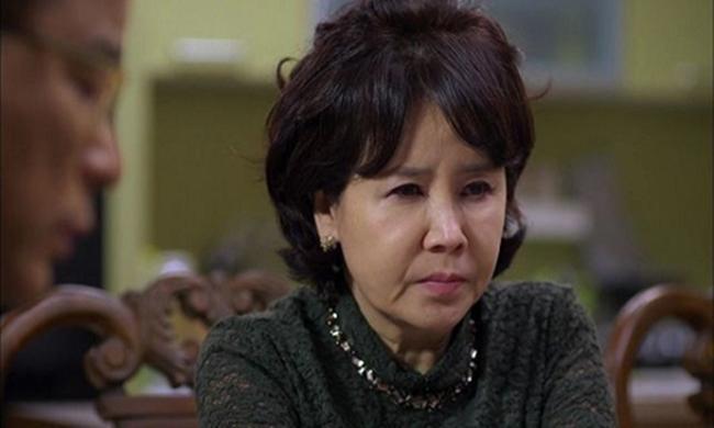 Mẹ vợ Hà Nội gây sốc vì đòi con rể tương lai phải có nhà, có xe, lương 50 củ, biết dọn nhà - Ảnh 2.