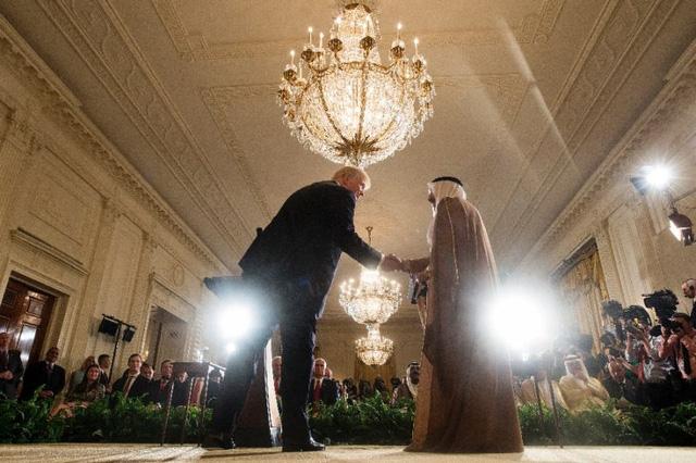 Ông Trump muốn hòa giải khủng hoảng Qatar - Ảnh 1.