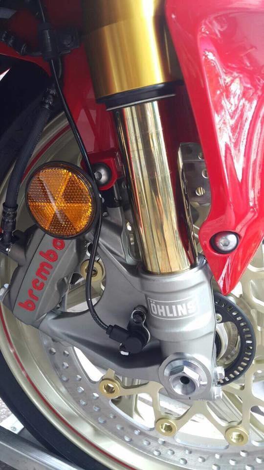 Siêu mô tô chỉ sản xuất đúng 500 chiếc Honda CBR1000RR SP2 2017 cập bến Việt Nam - Ảnh 2.