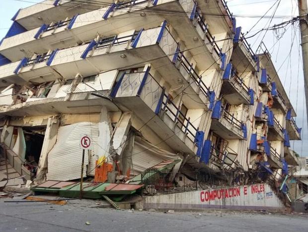 Số người thiệt mạng trong trận động đất 8,1 độ richter gần Mexico tăng mạnh, nhiều ngôi nhà bị phá hủy - Ảnh 2.