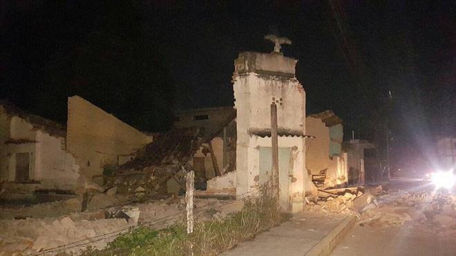Số người thiệt mạng trong trận động đất 8,1 độ richter gần Mexico tăng mạnh, nhiều ngôi nhà bị phá hủy - Ảnh 3.