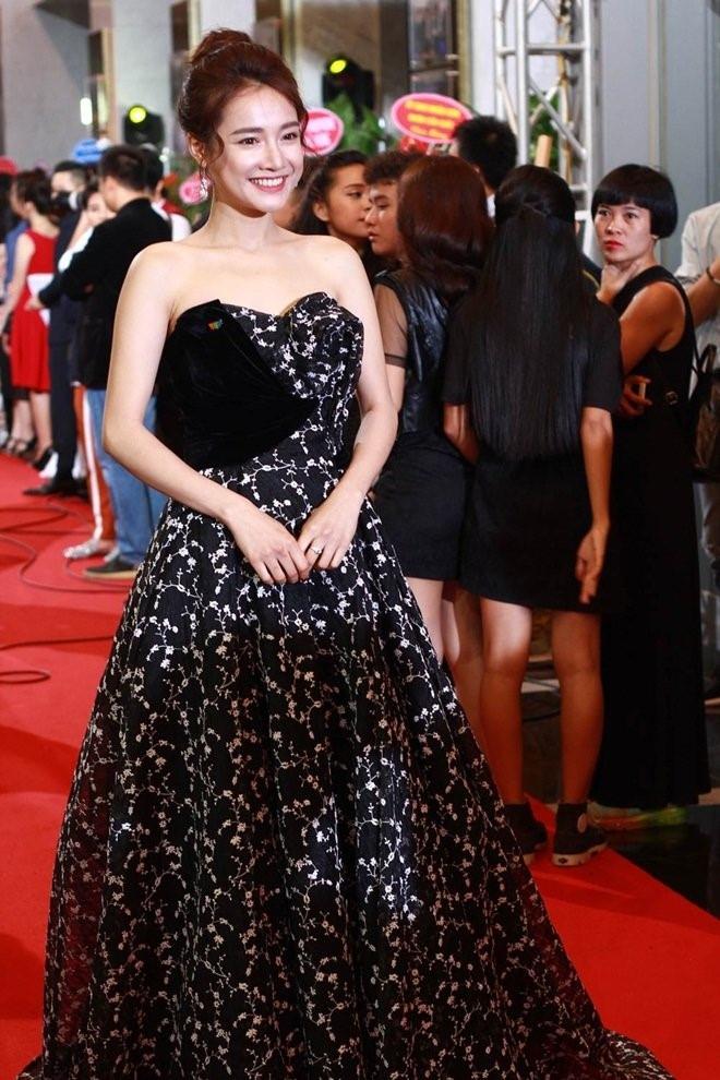 Truong Giang noi bi hieu nham khi an ui Nha Phuong sau VTV Awards hinh anh 2