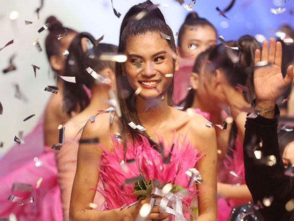 Vượt qua Thùy Dương, Kim Dung trở thành quán quân Next Top 2017