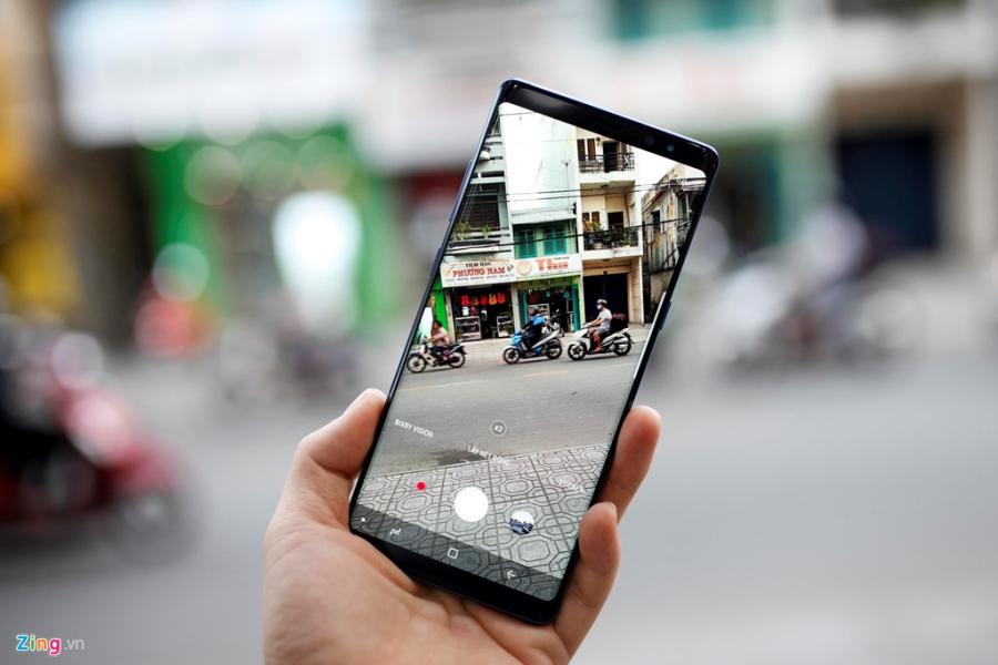 Loan gia Samsung Galaxy Note 8 truoc ngay ra mat tai VN hinh anh 3