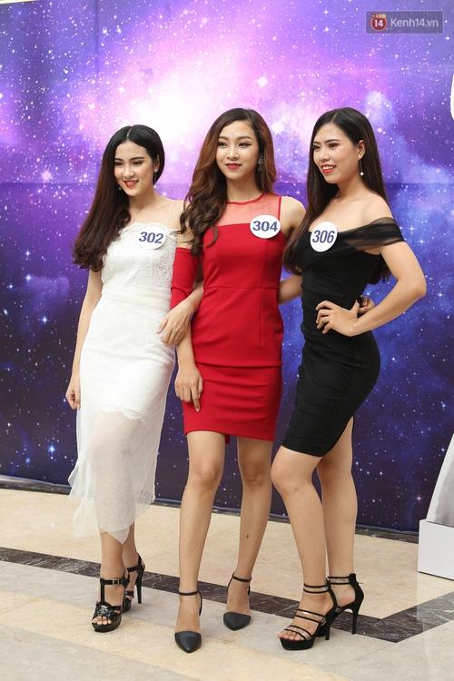 Nhiều thí sinh Hoa hậu Hoàn vũ miền Nam xuất hiện mệt mỏi, kém sắc - Ảnh 2.