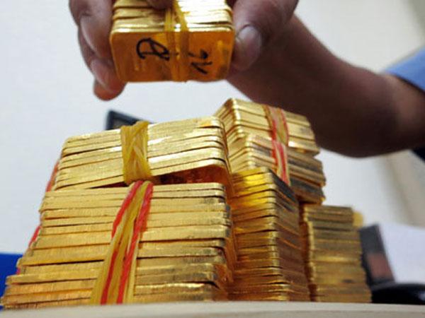 Giá vàng giảm mạnh sau đợt
