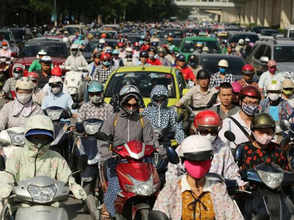 """Thưởng 100.000 USD chống ùn tắc giao thông Hà Nội: Giải pháp thực sự hay chỉ là """"từ ngữ hay ho""""?"""