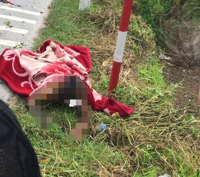 Bình gas mini phát nổ sau va chạm với xe ô tô, người phụ nữ bỏng nặng - Ảnh 1.