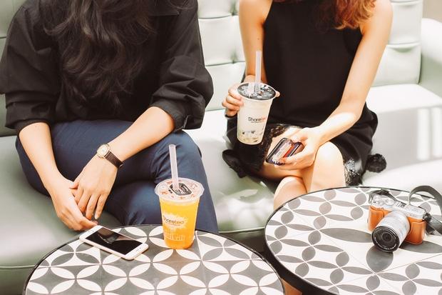 Cơn sốt trà sữa của giới trẻ Việt Nam: Ngày uống 2-3 ly, thẻ tích điểm lên tới cả 20 triệu đồng! - Ảnh 4.