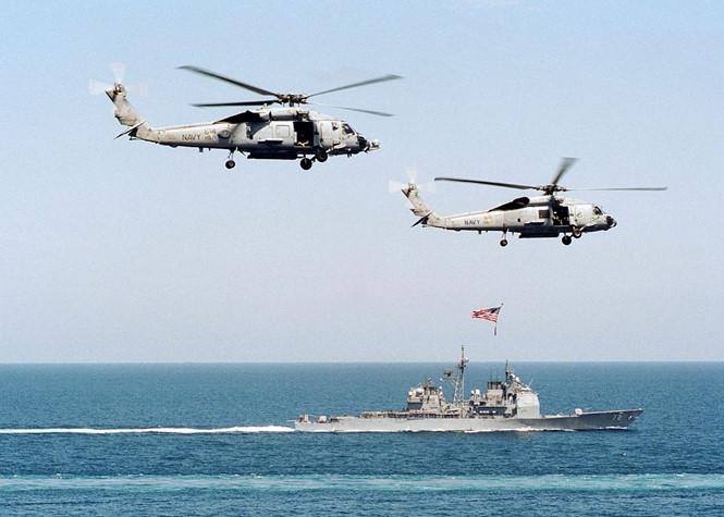 Trực thăng thuộc phi đội chống tàu ngầm của Mỹ trong một cuộc diễn tập /// US Navy