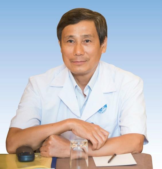 Phó giáo sư, Tiến sĩ, bác sĩ Trần An, nguyên phó giám đốc Bệnh viện Mắt Trung ương.