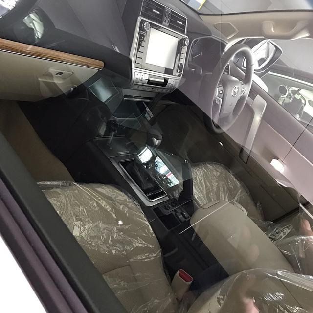 Hình ảnh rõ nét nhất từ trước đến nay của Toyota Land Cruiser Prado 2018 ra mắt vào tuần sau - Ảnh 4.