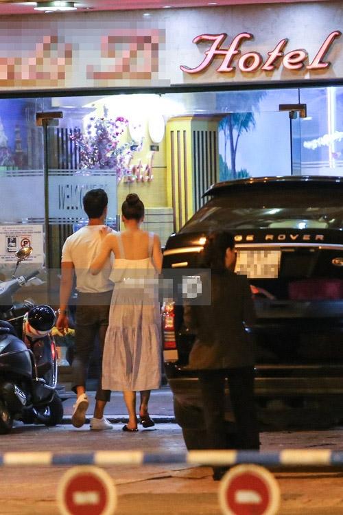 Hồ Ngọc Hà và Kim Lý bị bắt gặp cùng vào khách sạn lúc 3h sáng - 1
