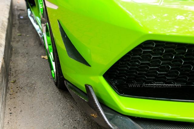Lamborghini Huracan xanh cốm của đại gia kín tiếng quận 2 tiếp tục được độ khủng - Ảnh 6.
