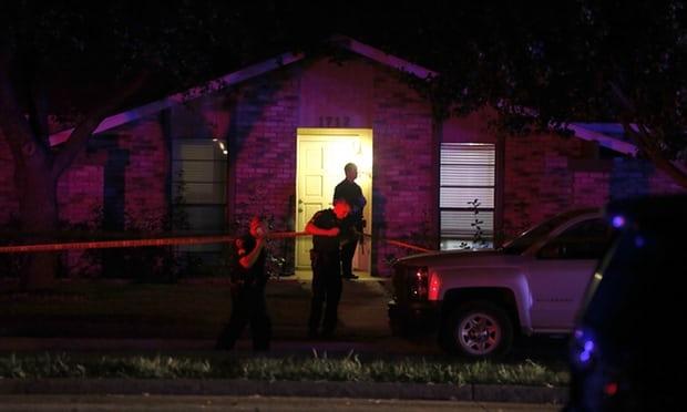 Tiêu điểm - Mỹ: Cảnh sát đấu súng bắn hạ nghi phạm xả đạn giết 7 người