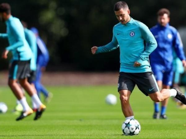 Hazard chưa thể trở lại đội hình xuất phát của Chelsea