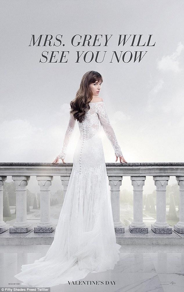 Ana trong bộ váy cưới cô dâu của phần 3.