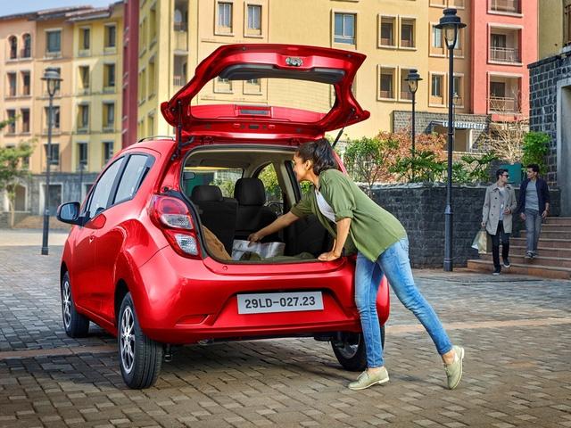 Chevrolet Spark 2018 chính thức ra mắt Việt Nam, giá từ 299 triệu Đồng - Ảnh 2.