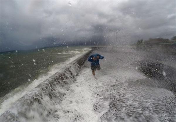Chính trị - Xã hội -  Công điện chỉ đạo khẩn cấp ứng phó với bão số 10