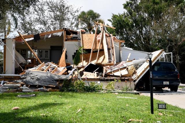 Bang Florida ước tính sẽ mất hàng tỷ USD để khắc phục hậu quả sau bão. Ngoài ra, công tác khắc phục dự kiến cũng sẽ mất nhiều tuần.