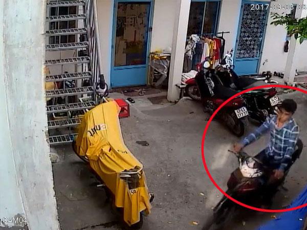 Clip: Trộm thản nhiên bẻ khóa