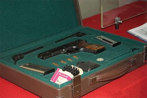 5 loại súng ngắn đặc biệt của đặc nhiệm và điệp viên Nga - Ảnh 2.