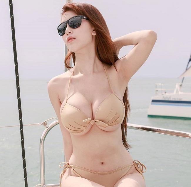 ao tam mau nude mong tang, nhin nhu khong dang hot tai chau a hinh anh 3