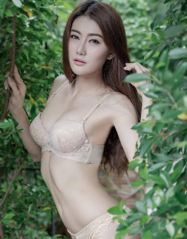 ao tam mau nude mong tang, nhin nhu khong dang hot tai chau a hinh anh 12
