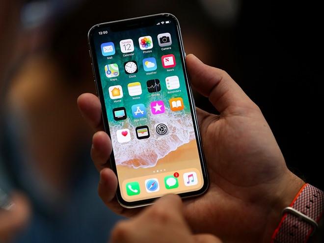 'Apple hut mau, iPhone X chi danh cho nha giau' hinh anh 1