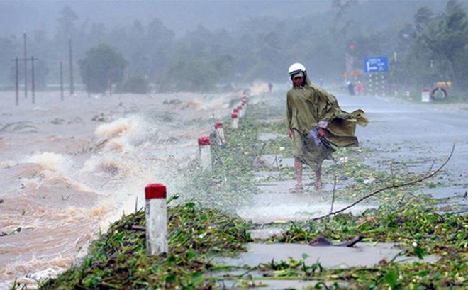 Bão số 10 được dự báo mạnh chưa từng có, các tỉnh miền Trung sẽ mưa rất to