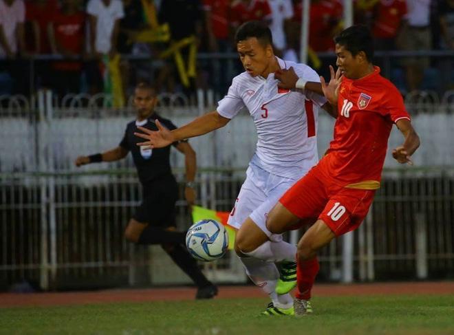 CĐV đau đớn, nêu ý kiến phải mời Van der Sar về dạy thủ môn Việt Nam chơi bóng - Ảnh 1.