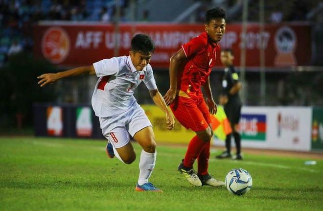CĐV đau đớn, nêu ý kiến phải mời Van der Sar về dạy thủ môn Việt Nam chơi bóng - Ảnh 2.