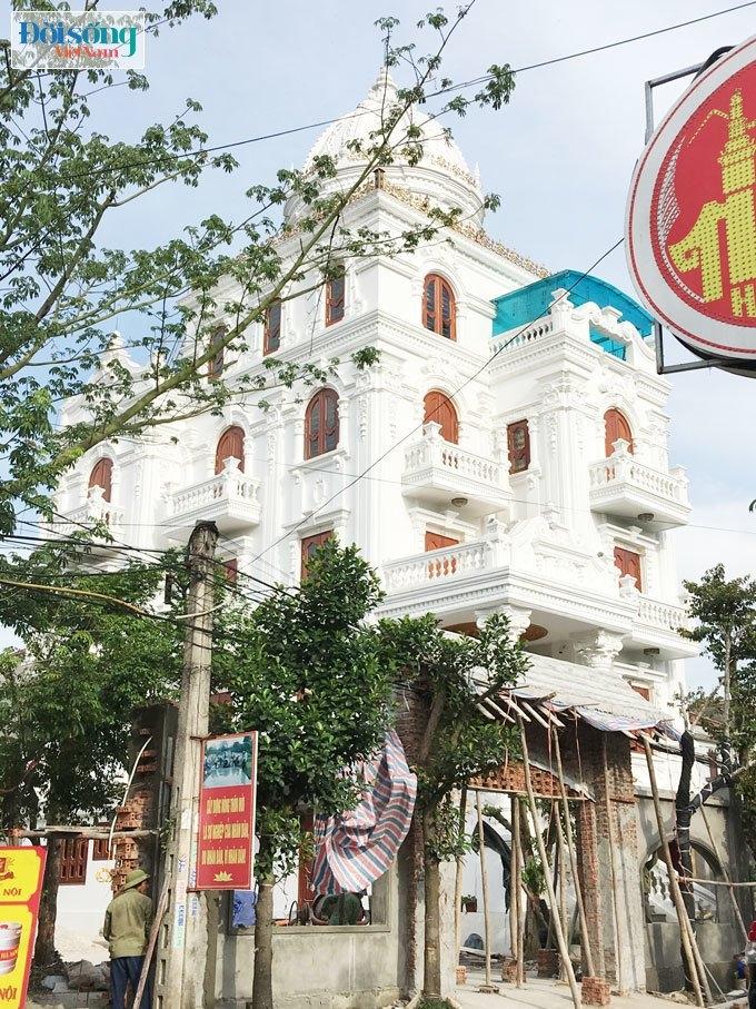 lâu đài ở Ninh Bình