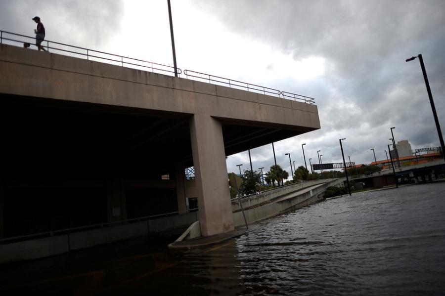 Florida sau sieu bao the ky Irma: Toi tam, lut loi va do nat hinh anh 6