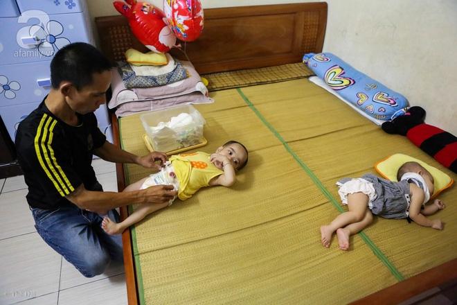 Một ngày của cô bé 4 tuổi không được đến trường, sống sót nhờ những chiếc băng vệ sinh và bao cao su - Ảnh 7.