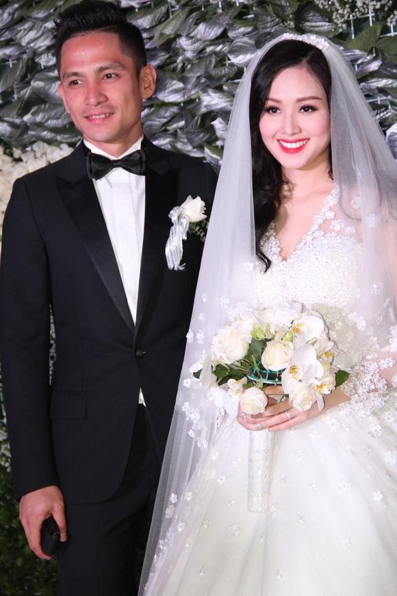 Sau đó, cô kết hôn với người chồng thiếu gia nổi tiếng tại Hà Nội và cuộc sống có nhiều thay đổi. Sau đám cưới đình đám thì Tâm Tít rời xa showbiz, cô tập trung chăm sóc gia đình nhỏ của mình.